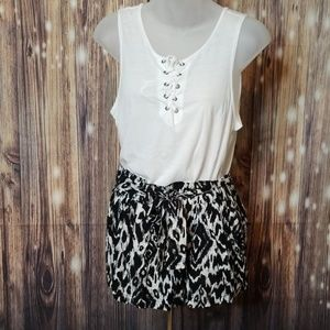 New black and white drawstring shorts